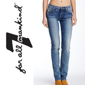 10387 ✨ 7 FOR ALL MANKIND Jeans Straight